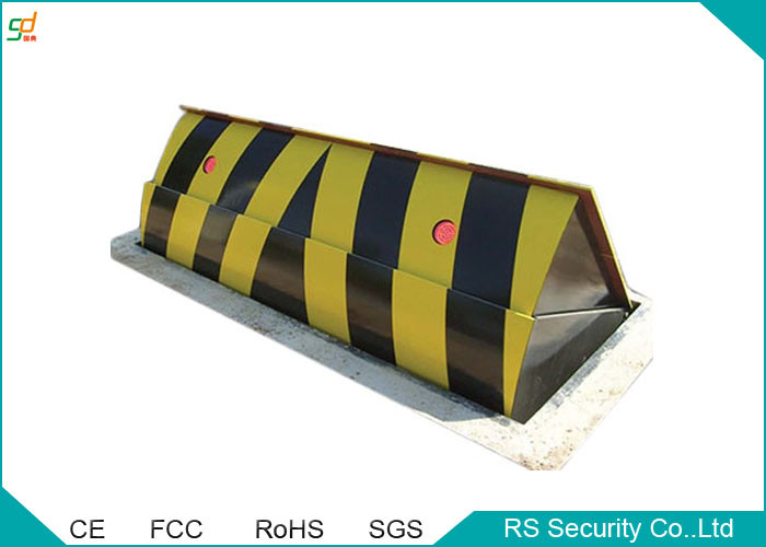 Durable High Security Portable Hydraulic Road Blocker By Remote Control