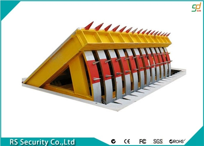 High Safety Road Blockers Road Barrier Remote Control Hydraulic Rising Kerbs