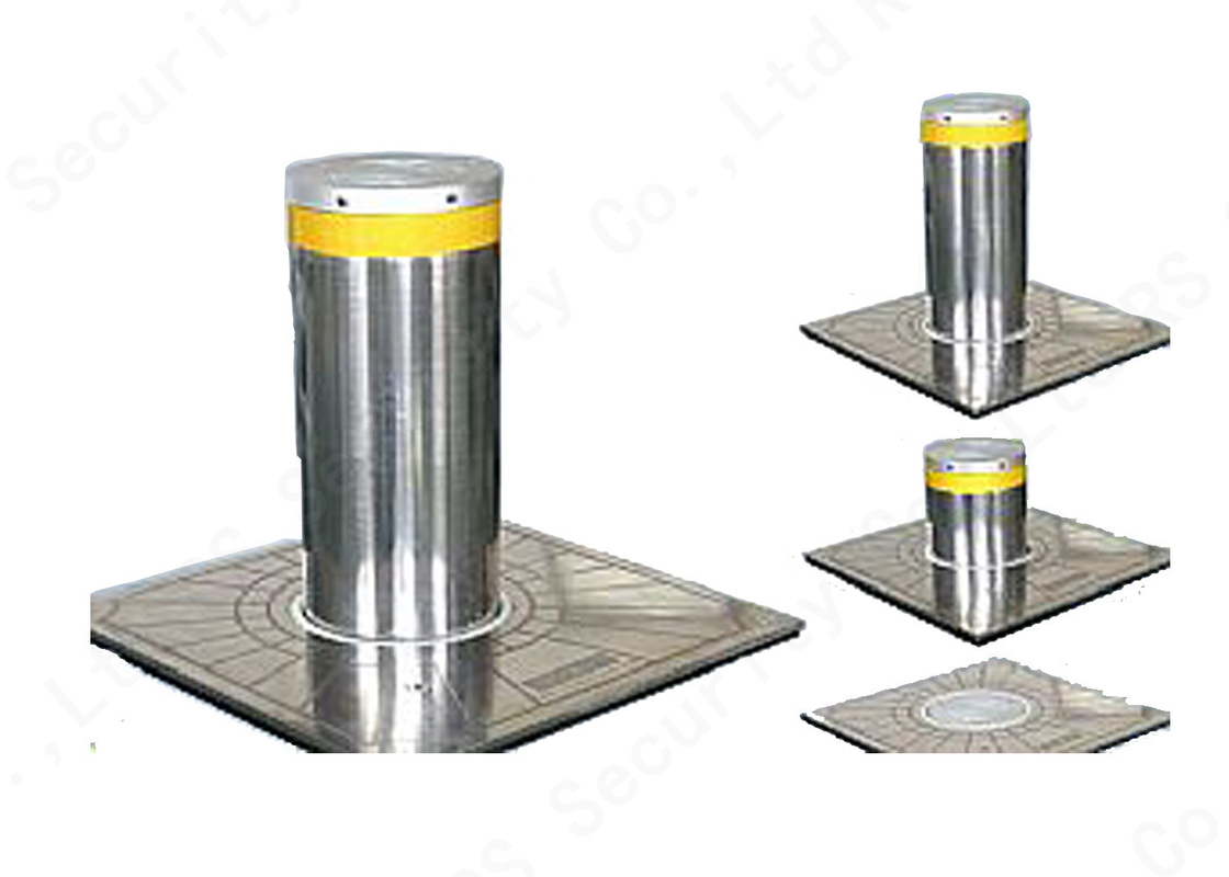 IP68 Hydraulic Bollards K12 Rated  Steel Frame Construction With Remote Control